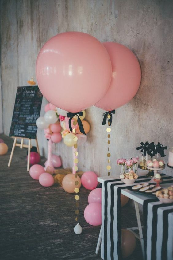 cute-balloon-decor-ideas-for-baby-showers-27
