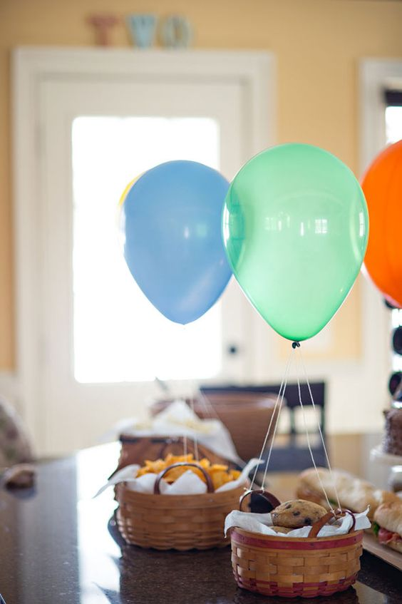 cute-balloon-decor-ideas-for-baby-showers-35