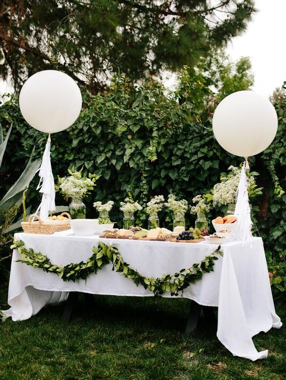 cute-balloon-decor-ideas-for-baby-showers-7