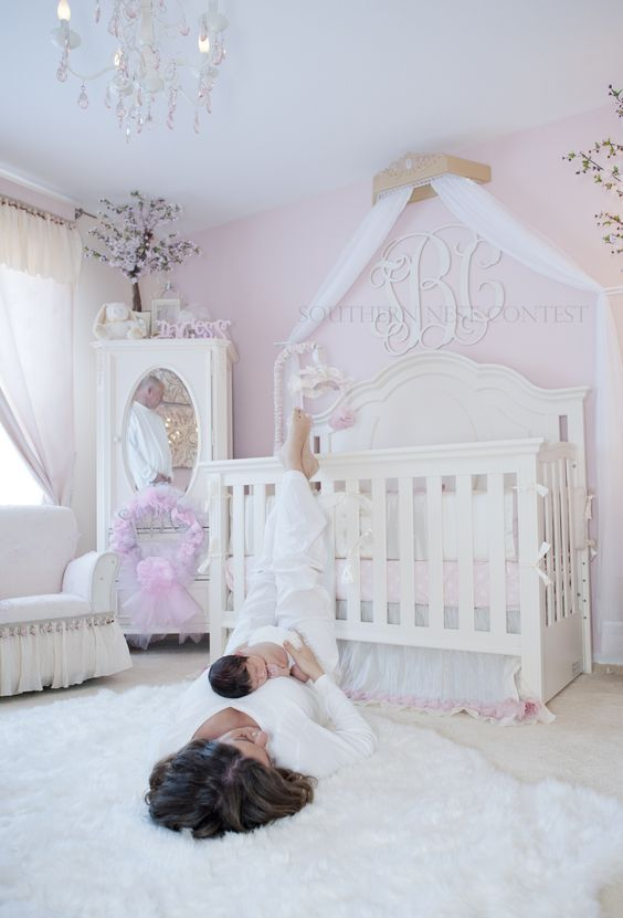 cutest-and-most-chic-girl-nursery-designs-to-get-inspired-10
