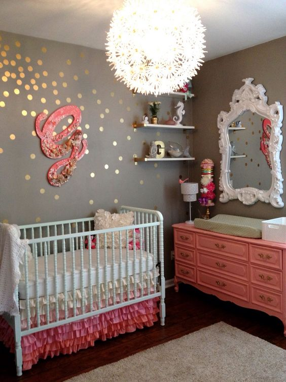 cutest-and-most-chic-girl-nursery-designs-to-get-inspired-5