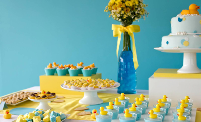 duck-themed-dessert-table-for-a-gender-neutral-baby-shower