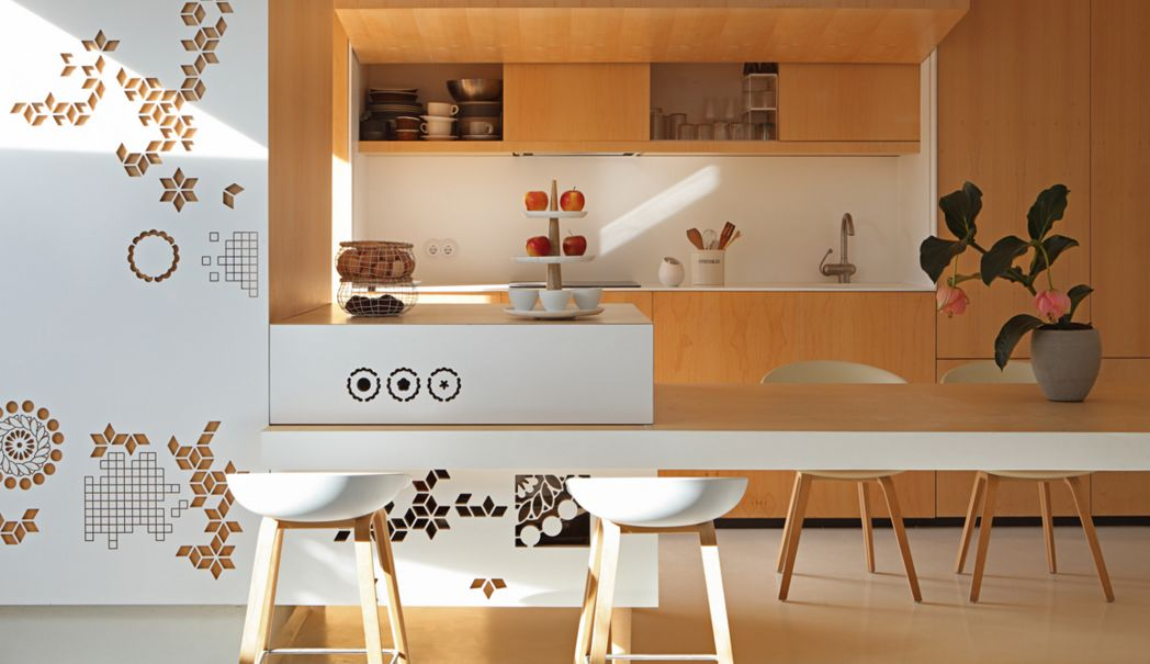 edgy-modern-penthouse-in-white-and-light-colored-wood-1