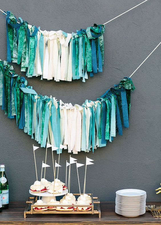 fabric-straps-decor-for-a-modern-baby-shower