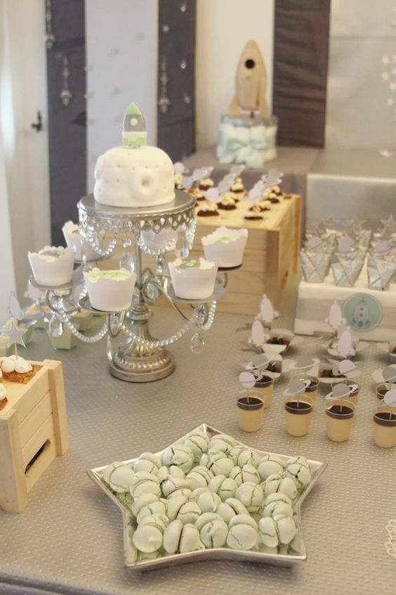 space-themed-dessert-table-for-a-modern-baby-shower