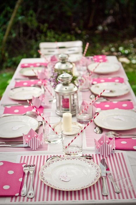 sweetest-baby-shower-table-settings-to-get-inspired-16