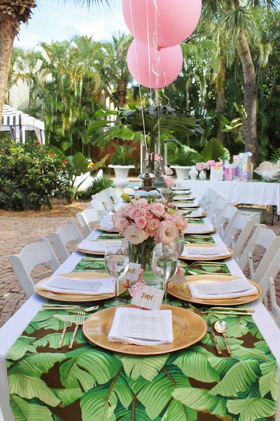 sweetest-baby-shower-table-settings-to-get-inspired-20