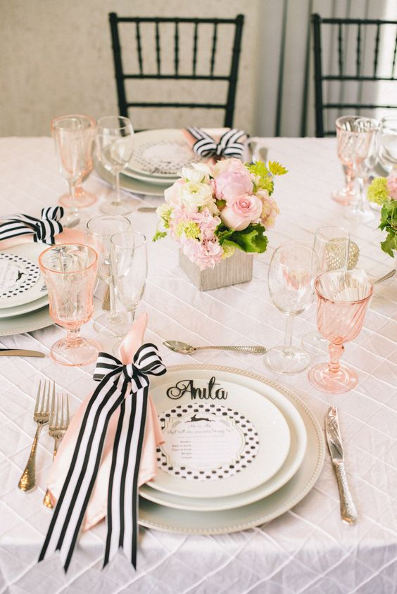 sweetest-baby-shower-table-settings-to-get-inspired-30
