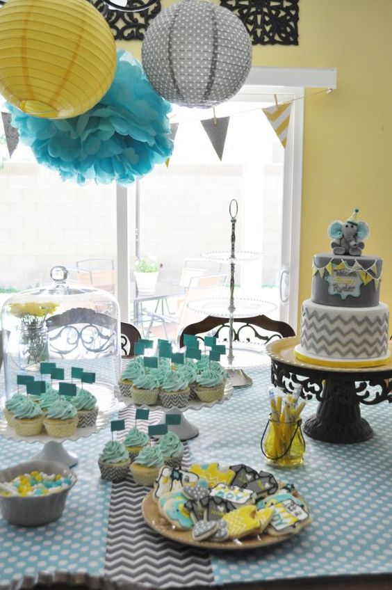 turquoise-and-yellow-gender-neutral-baby-shower