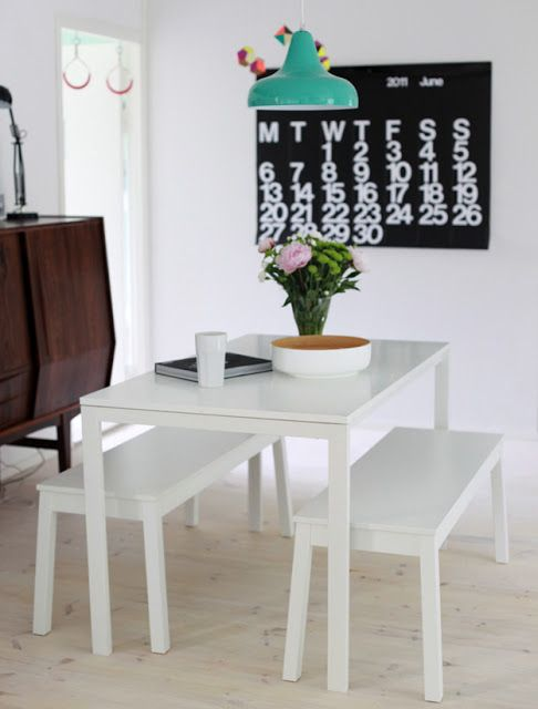 02-cozy-dining-area-with-Melltorp-table-and-chairs