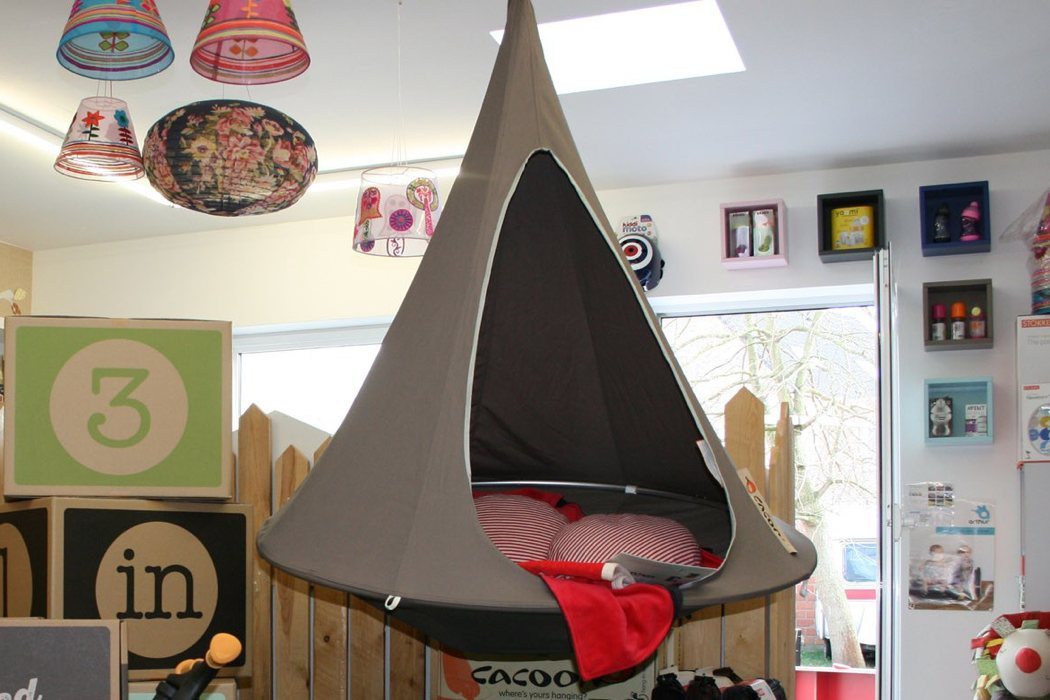 03-Cacoon-chair-is-suitable-for-any-room-of-your-home-from-a-living-room-to-a-kids-room
