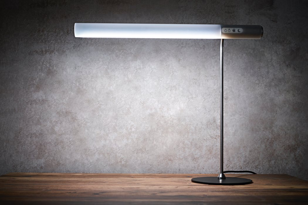 05-The-Caffeine-lamp-imitates-natural-light-to-make-you-feel-better