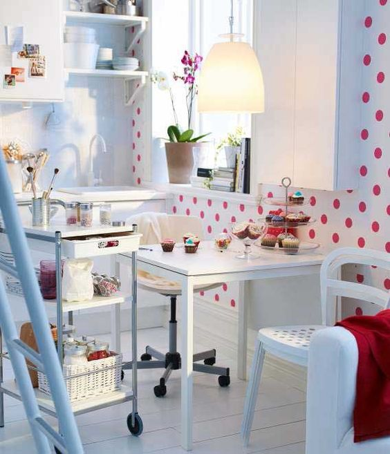 09-Melltrop-table-for-a-small-kitchen
