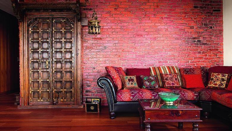 01-Bold-red-living-room-with-original-Indian-doors
