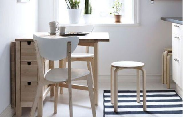 02-light-wood-Norden-Gateleg-table-for-a-small-kitchen