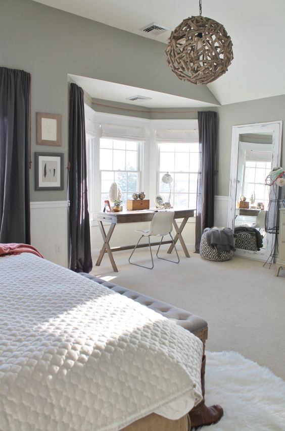 03-chic-farmhouse-bedroom-with-a-workspace-nook-by-the-window