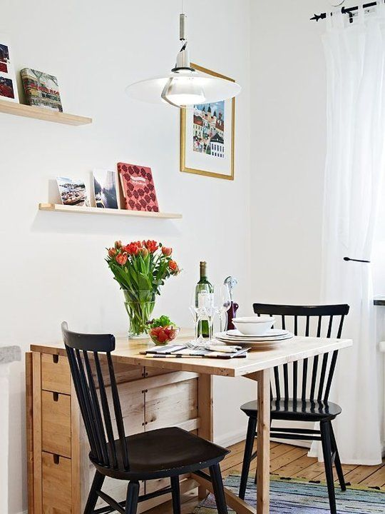 04-Norden-Gateleg-table-fits-even-the-smallest-dining-space