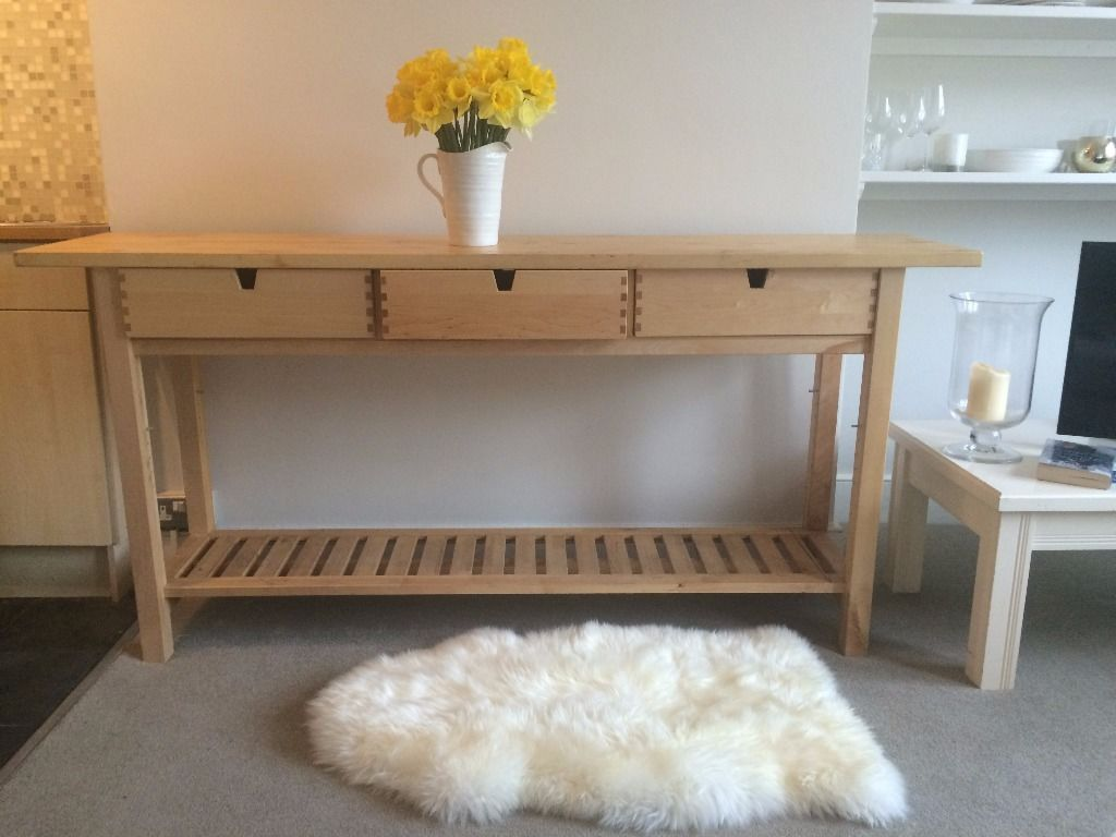 04-naturally-finished-Norden-buffet-for-a-kitchen