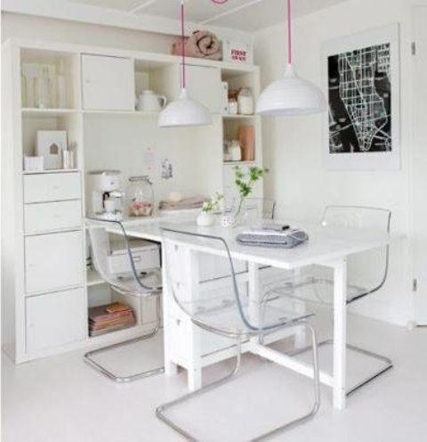 06-Norden-Gateleg-table-looks-great-with-these-transparent-chairs
