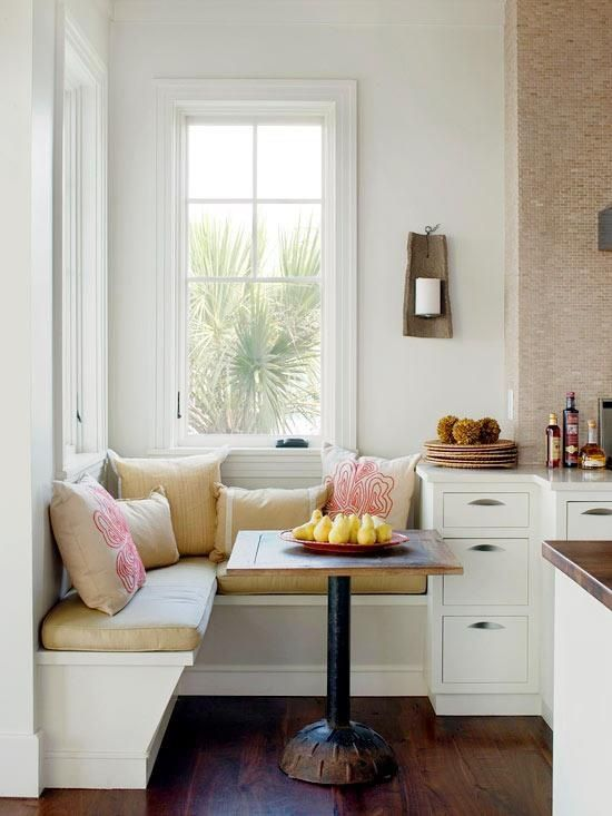 06-modern-tiny-breakfast-nook-with-patterned-pillows