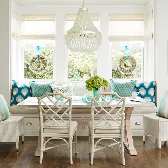 11-vintage-inspired-neutrals-and-turquoise-breakfast-nook