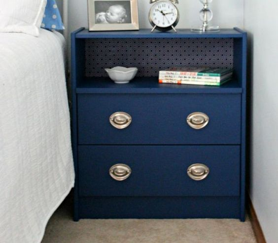 14-Rast-dresser-transformed-into-a-bedside-table