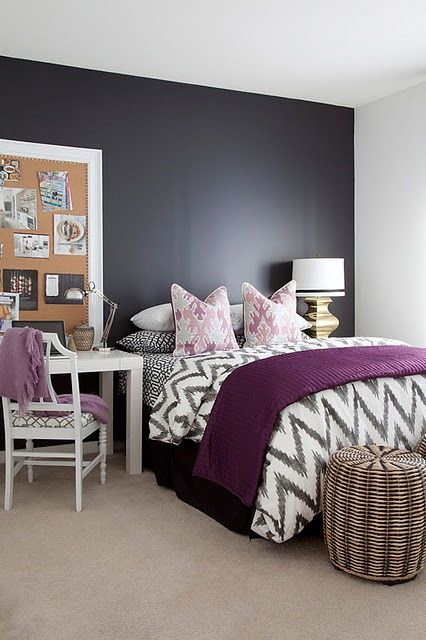 15-modern-bold-bedrooom-with-a-desk-instead-of-a-nightstand