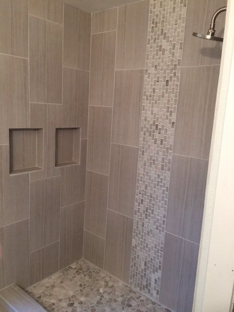 18-vertical-mosaic-border-in-the-shower