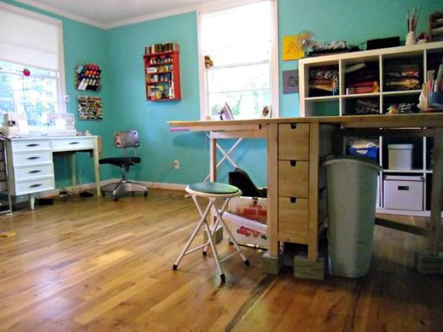 19-Norden-Gateleg-table-for-a-sewing-room