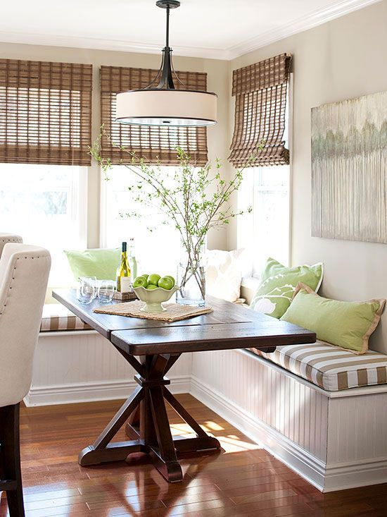 19-farmhouse-green-and-brown-breakfast-nook