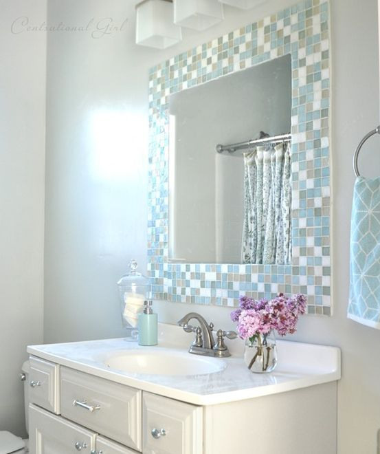 30-subtle-mosaic-tiles-around-the-mirror