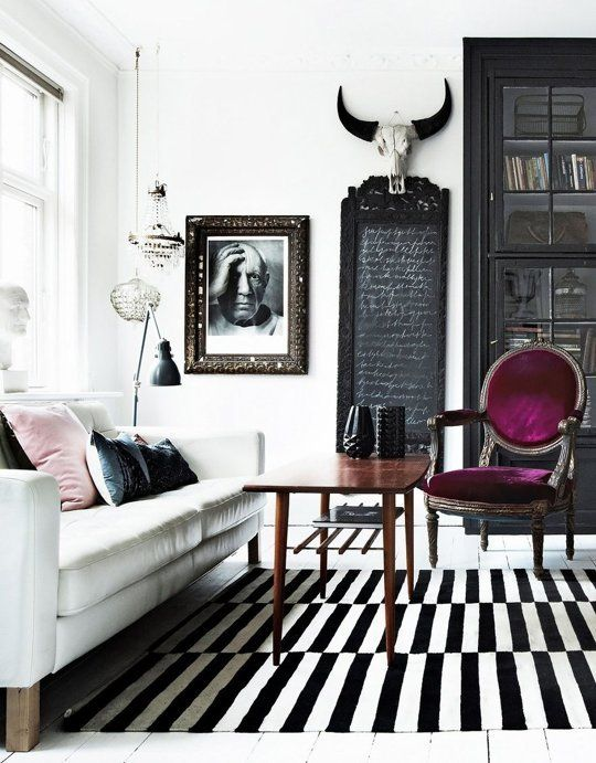 bold-modern-living-room-with-Stockholm-rug