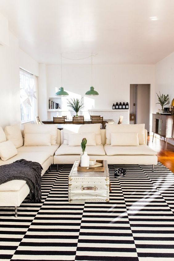 chic-modern-living-room-with-Stockholm-rug