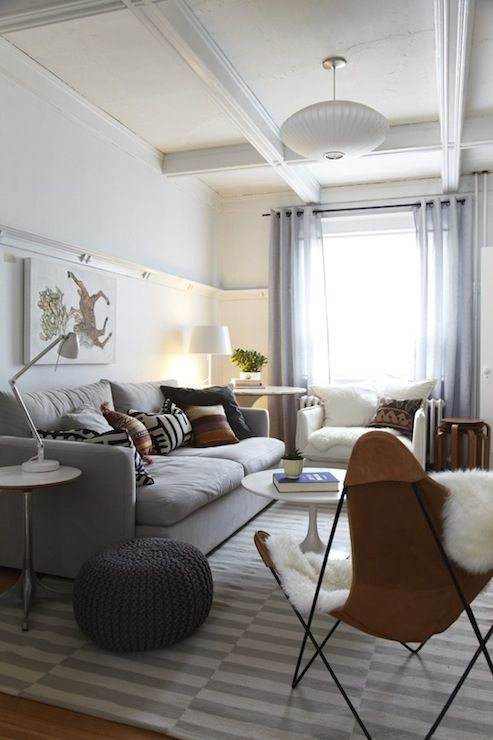 modern-living-room-with-light-grey-Stockholm-rug