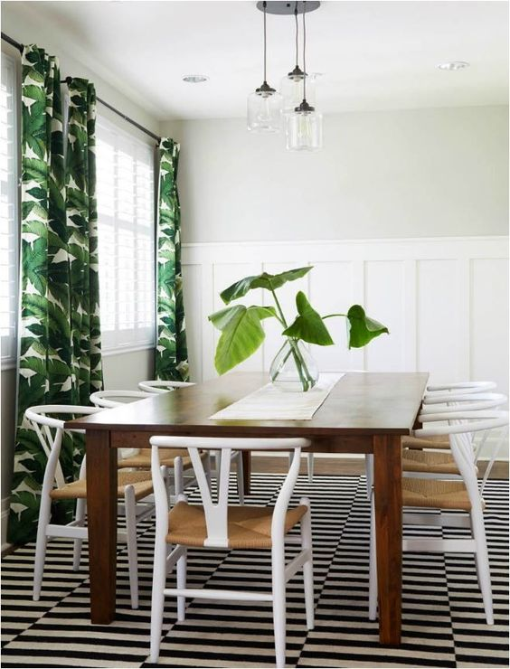 tropical-inspired-dining-area-with-Stockholm-rug