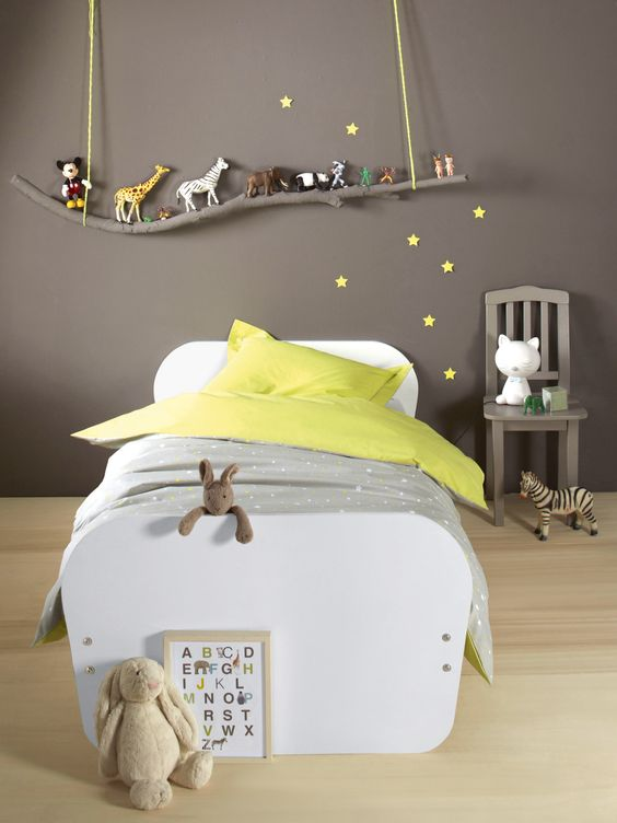 03-grey-boys-sleeping-area-with-a-branch-toy-shelf-over-the-bed
