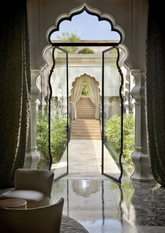 05-foiled-doorway-to-the-garden