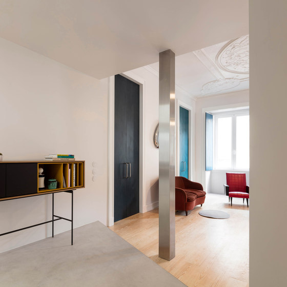 07-Youll-find-a-mix-of-different-styles-in-the-apartment.-Mid-century-modern-minimalist-and-even-vintage-touches-from-the-previous-centuries