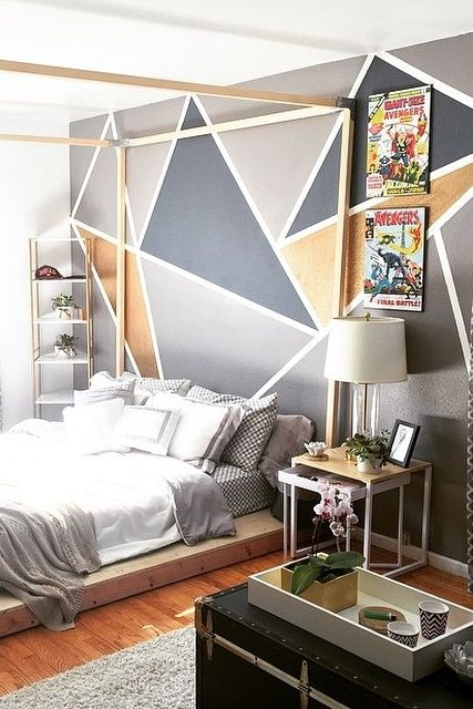 07-modern-bold-bedroom-with-a-bed-on-the-floor
