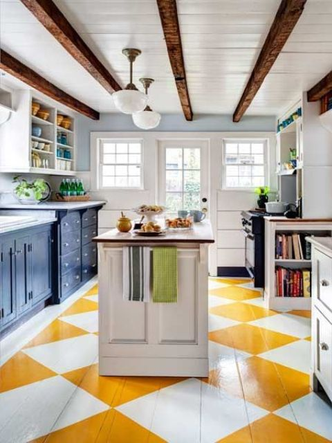 07-yellow-and-white-wooden-floors-to-create-a-cheerful-ambience