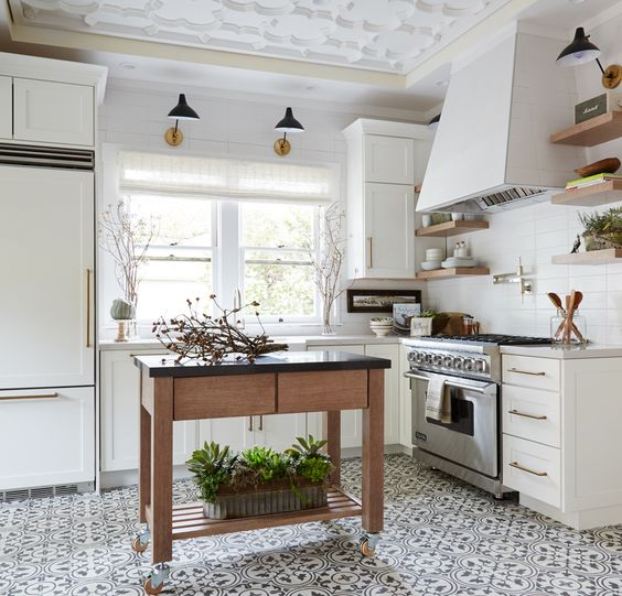 08-gorgeous-black-and-white-tiles-here-are-also-very-durable-and-easy-to-maintain