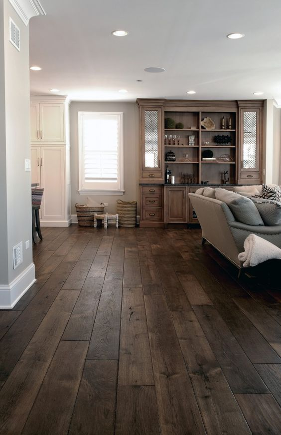 09-dark-wood-floors-in-this-living-room-have-a-noble-weathered-look