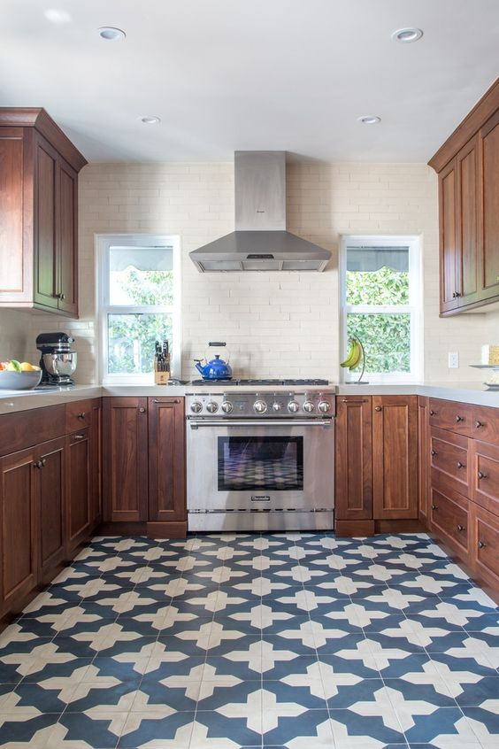 10-kitchen-blue-and-white-tile-floor-with-a-pattern-to-stand-out