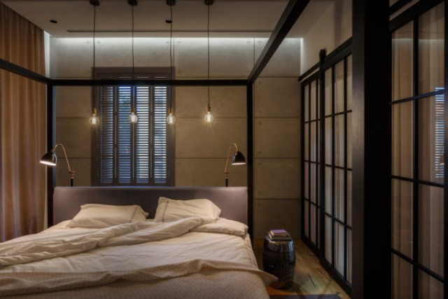 12-There-are-no-unnecessary-things-in-the-bedroom