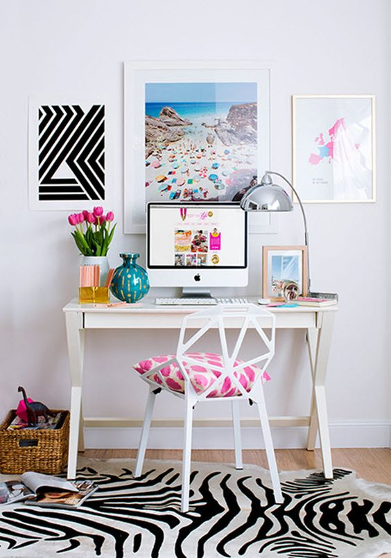 13-bright-girlish-study-nook-with-pictures-and-a-small-desk