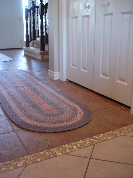 14-Tiled-transition-between-the-floors