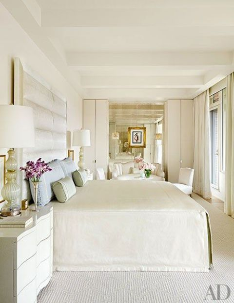 16-cream-colored-floors-continue-the-decor-theme-and-add-coziness-to-the-space