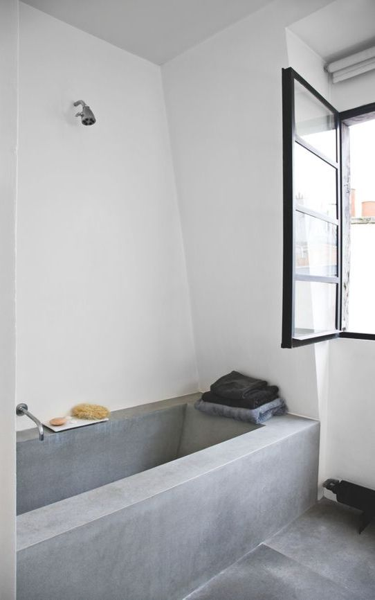 16-make-not-only-the-floor-but-also-the-bathtub-itself-of-concrete