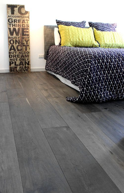 20-grey-bamboo-floors-for-a-modern-bedroom