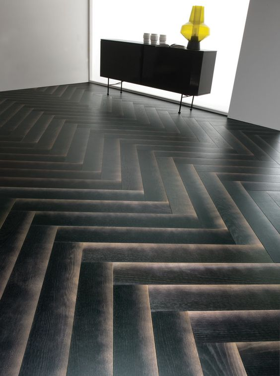 21-this-wood-flooring-is-designed-to-have-a-gradient-shadow